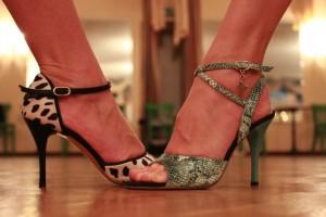 2 Füße duell